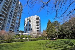 "Photo 1: 203 71 JAMIESON Court in New Westminster: Fraserview NW Condo for sale in ""PALACE QUAY"" : MLS®# R2252210"