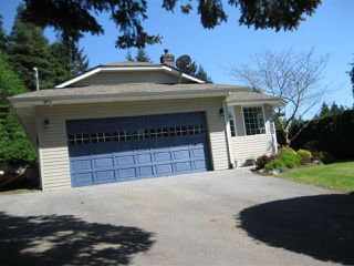Main Photo: 220 7TH Street in Gibsons: Gibsons & Area House for sale (Sunshine Coast)  : MLS®# R2266068