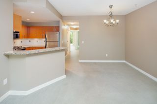 Photo 3: 6218 LOGAN Lane in Vancouver: University VW Townhouse for sale (Vancouver West)  : MLS®# R2274902