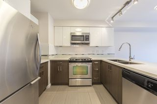 "Photo 2: 301 2408 E BROADWAY Street in Vancouver: Renfrew VE Condo for sale in ""Broadway Crossing"" (Vancouver East)  : MLS®# R2279075"