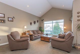 Photo 2: 11785 231B Street in Maple Ridge: East Central House for sale : MLS®# R2279268