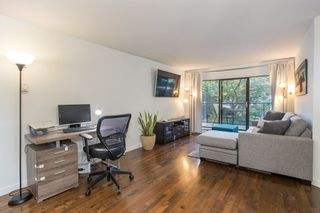 "Photo 2: 115 2222 PRINCE EDWARD Street in Vancouver: Mount Pleasant VE Condo for sale in ""Sunrise on the Park"" (Vancouver East)  : MLS®# R2307604"