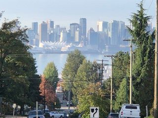 """Photo 10: 104 240 MAHON Avenue in North Vancouver: Lower Lonsdale Condo for sale in """"SEADALE PLACE"""" : MLS®# R2309588"""