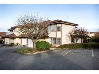"""Photo 2: 14 32659 GEORGE FERGUSON Way in Abbotsford: Abbotsford West Townhouse for sale in """"Canterbury Gate"""" : MLS®# R2331851"""