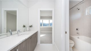 Photo 14: 969 BEACHVIEW Drive in North Vancouver: Dollarton House for sale : MLS®# R2344598