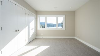 Photo 15: 969 BEACHVIEW Drive in North Vancouver: Dollarton House for sale : MLS®# R2344598