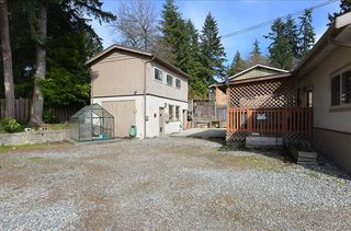 Photo 3: 1264 FITCHETT Road in Gibsons: Gibsons & Area House for sale (Sunshine Coast)  : MLS®# R2353828