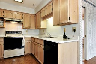 "Photo 7: 207 33535 KING Road in Abbotsford: Poplar Condo for sale in ""CENTRAL HEIGHTS MANOR"" : MLS®# R2357537"