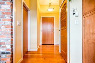 "Photo 3: 409 250 SALTER Street in New Westminster: Queensborough Condo for sale in ""PADDLERS LANDING"" : MLS®# R2359243"