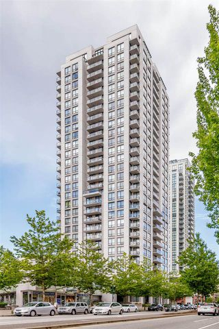 "Photo 1: 2001 2979 GLEN Drive in Coquitlam: North Coquitlam Condo for sale in ""ALTAMONTE"" : MLS®# R2372344"