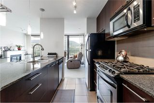 "Photo 3: 2001 2979 GLEN Drive in Coquitlam: North Coquitlam Condo for sale in ""ALTAMONTE"" : MLS®# R2372344"