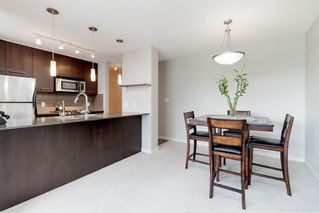 "Photo 4: 2001 2979 GLEN Drive in Coquitlam: North Coquitlam Condo for sale in ""ALTAMONTE"" : MLS®# R2372344"