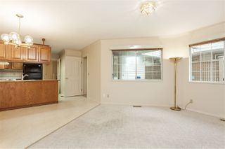"""Photo 7: 105 9781 148A Street in Surrey: Guildford Townhouse for sale in """"Chelsea Gate"""" (North Surrey)  : MLS®# R2375333"""