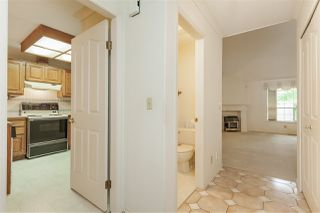 """Photo 5: 105 9781 148A Street in Surrey: Guildford Townhouse for sale in """"Chelsea Gate"""" (North Surrey)  : MLS®# R2375333"""
