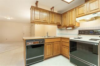 """Photo 9: 105 9781 148A Street in Surrey: Guildford Townhouse for sale in """"Chelsea Gate"""" (North Surrey)  : MLS®# R2375333"""