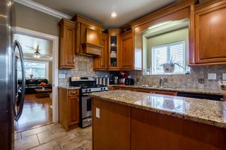 Photo 10: 14926 102A Avenue in Surrey: Guildford House for sale (North Surrey)  : MLS®# R2375572