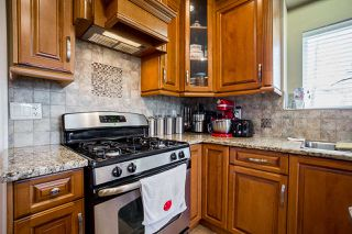 Photo 7: 14926 102A Avenue in Surrey: Guildford House for sale (North Surrey)  : MLS®# R2375572
