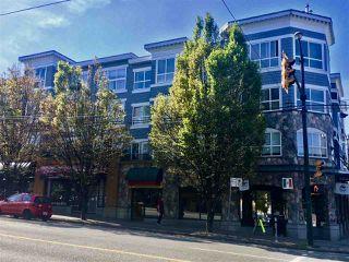 """Main Photo: 218 2680 W 4TH Avenue in Vancouver: Kitsilano Condo for sale in """"The Star of Kitsilano"""" (Vancouver West)  : MLS®# R2376274"""