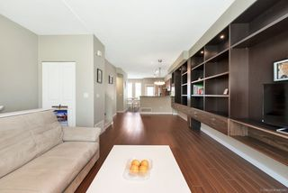 Photo 2: 52 9800 ODLIN Road in Richmond: West Cambie Townhouse for sale : MLS®# R2385361