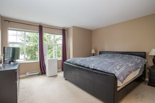 "Photo 7: 20 6050 166 Street in Surrey: Cloverdale BC Townhouse for sale in ""WESTFIELD"" (Cloverdale)  : MLS®# R2385958"