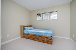 "Photo 10: 11 20350 68 Avenue in Langley: Willoughby Heights Townhouse for sale in ""SUNRIDGE"" : MLS®# R2389347"