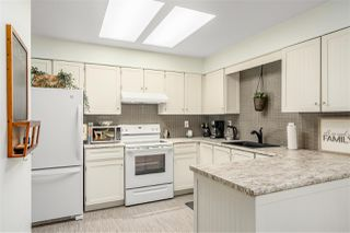 Photo 6: 17 1184 INLET Street in Coquitlam: New Horizons Townhouse for sale : MLS®# R2391750
