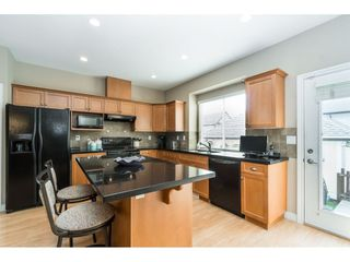 "Photo 8: 7033 179A Street in Surrey: Cloverdale BC Condo for sale in ""Provinceton"" (Cloverdale)  : MLS®# R2392761"