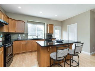 "Photo 7: 7033 179A Street in Surrey: Cloverdale BC Condo for sale in ""Provinceton"" (Cloverdale)  : MLS®# R2392761"