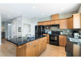"Photo 9: 7033 179A Street in Surrey: Cloverdale BC Condo for sale in ""Provinceton"" (Cloverdale)  : MLS®# R2392761"