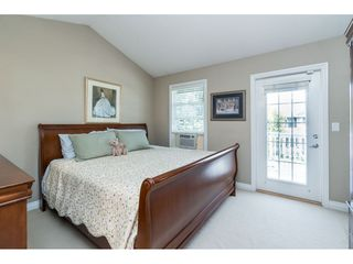"Photo 11: 7033 179A Street in Surrey: Cloverdale BC Condo for sale in ""Provinceton"" (Cloverdale)  : MLS®# R2392761"