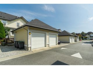 "Photo 20: 7033 179A Street in Surrey: Cloverdale BC Condo for sale in ""Provinceton"" (Cloverdale)  : MLS®# R2392761"