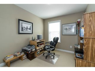 "Photo 10: 7033 179A Street in Surrey: Cloverdale BC Condo for sale in ""Provinceton"" (Cloverdale)  : MLS®# R2392761"