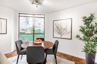 """Photo 6: 503 867 HAMILTON Street in Vancouver: Downtown VW Condo for sale in """"JARDINE'S LOOKOUT"""" (Vancouver West)  : MLS®# R2407224"""