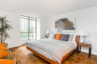 """Photo 10: 503 867 HAMILTON Street in Vancouver: Downtown VW Condo for sale in """"JARDINE'S LOOKOUT"""" (Vancouver West)  : MLS®# R2407224"""
