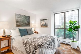 """Photo 12: 503 867 HAMILTON Street in Vancouver: Downtown VW Condo for sale in """"JARDINE'S LOOKOUT"""" (Vancouver West)  : MLS®# R2407224"""