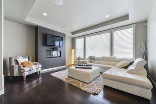 Photo 2: 6220 SOUTHESK Landing in Edmonton: Zone 14 House for sale : MLS®# E4184389