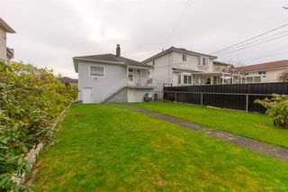 Photo 17: 1159 E 27TH Avenue in Vancouver: Knight House for sale (Vancouver East)  : MLS®# R2433277