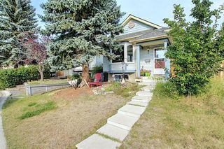 Main Photo: 319 SCENIC GLEN Place NW in Calgary: Scenic Acres Detached for sale : MLS®# A1021261