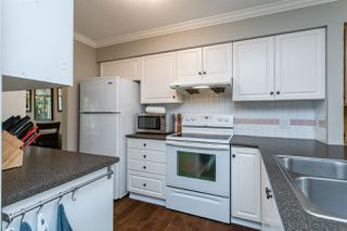 """Photo 13: 1 10238 155A Street in Surrey: Guildford Townhouse for sale in """"Chestnut Lane"""" (North Surrey)  : MLS®# R2499235"""