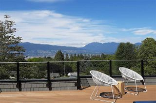Photo 2: 3955 W BROADWAY in Vancouver: Point Grey House for sale (Vancouver West)  : MLS®# R2518158