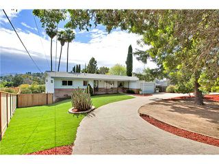 Photo 1: MOUNT HELIX House for sale : 3 bedrooms : 10601 Itzamna in La Mesa