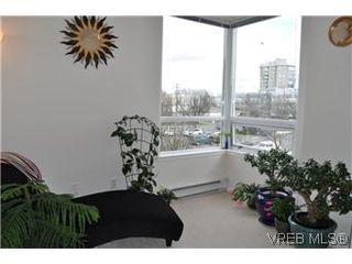 Photo 9: 402 930 Yates Street in VICTORIA: Vi Downtown Condo Apartment for sale (Victoria)  : MLS®# 290238