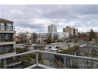 Photo 8: 402 930 Yates Street in VICTORIA: Vi Downtown Condo Apartment for sale (Victoria)  : MLS®# 290238