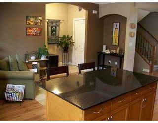 "Photo 8: 27 11720 COTTONWOOD Drive in Maple Ridge: Cottonwood MR Townhouse for sale in ""COTTONWOOD GREEN"" : MLS®# V882022"
