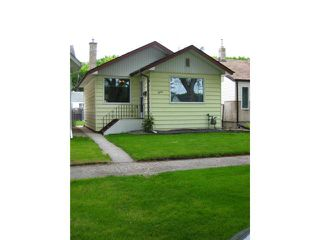 Photo 1: 1056 ASHBURN Street in WINNIPEG: West End / Wolseley Residential for sale (West Winnipeg)  : MLS®# 1110437