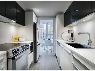 Photo 3: 502-1323 Homer street in Vancouver: Yaletown Condo for sale (Vancouver West)