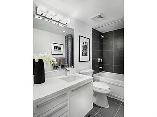 Photo 2: 502-1323 Homer street in Vancouver: Yaletown Condo for sale (Vancouver West)