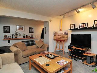 Photo 3: 1038 CARDERO Street in Vancouver: West End VW House Triplex for sale (Vancouver West)  : MLS®# V1036593