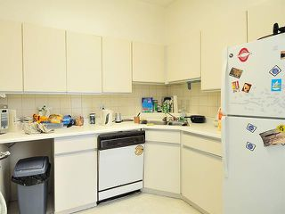 Photo 6: 1038 CARDERO Street in Vancouver: West End VW House Triplex for sale (Vancouver West)  : MLS®# V1036593