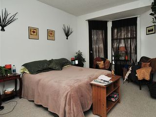 Photo 9: 1038 CARDERO Street in Vancouver: West End VW House Triplex for sale (Vancouver West)  : MLS®# V1036593